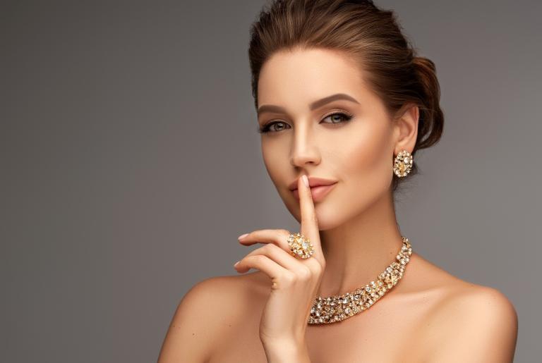 woman wearing jewelries